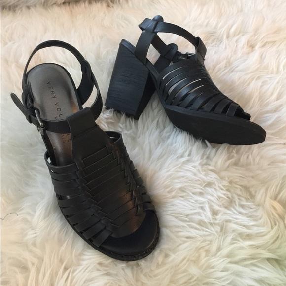 Volatile Leather sandal